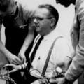 Эксперимент Милгрэма: подчинение