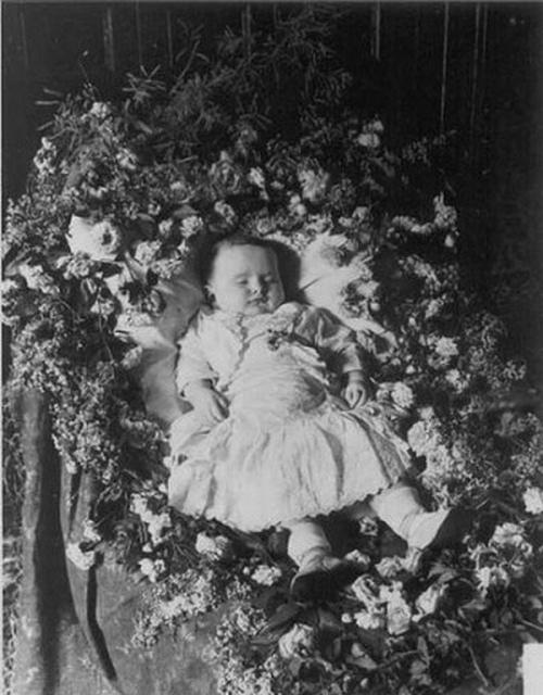 Фото спящего ребенка