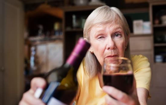 Алкогольное слабоумие: симптомы и лечение