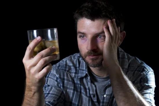 Диагноз — алкогольная шизофрения: симптомы и признаки