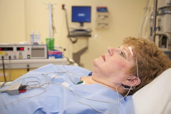 Лечение биполярного расстройства электросудорожной терапией
