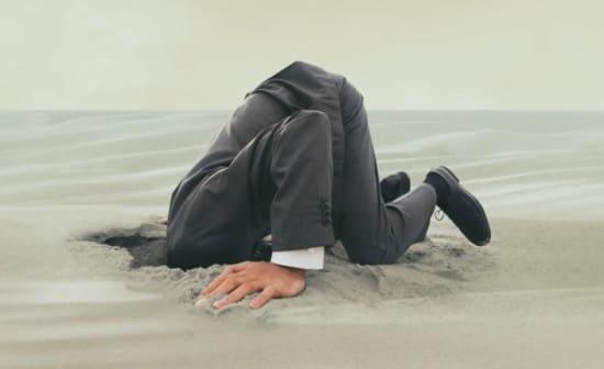 Пряча «голову в песок» не уйти от проблем