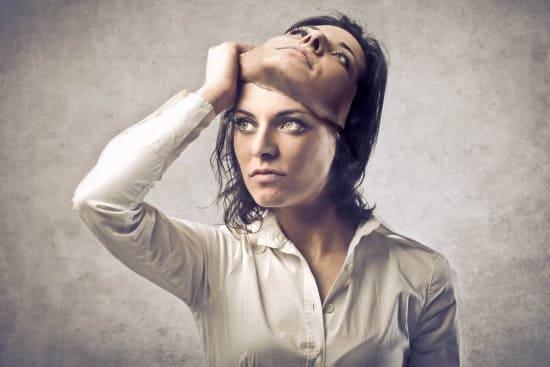 Биполярное расстройство — это раздвоение личности
