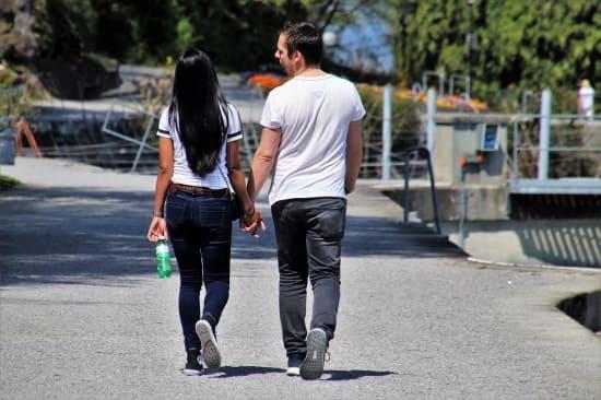 Как познакомиться с девушкой на улице, первые фразы