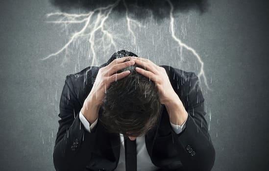 Признаки негативной энергетики человека