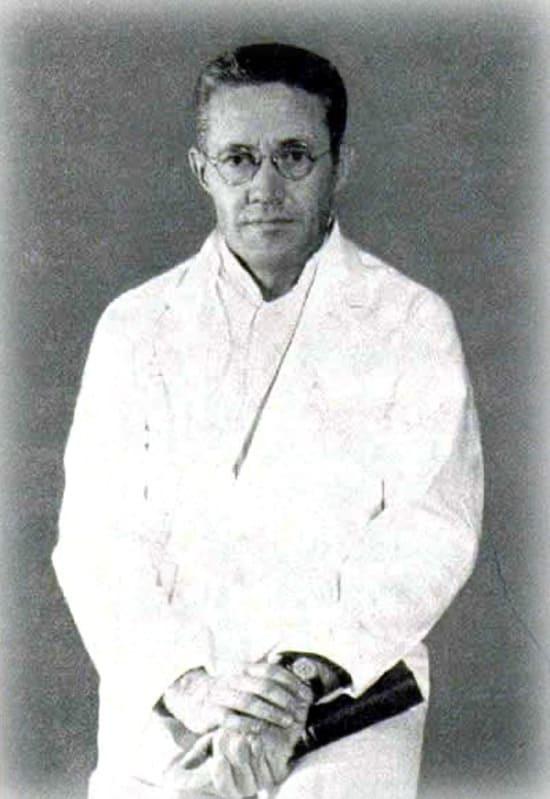 Доктор Генри Бичер