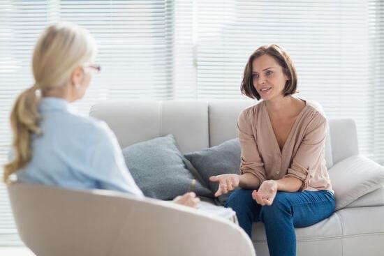 Муж не ночует дома, советы психолога