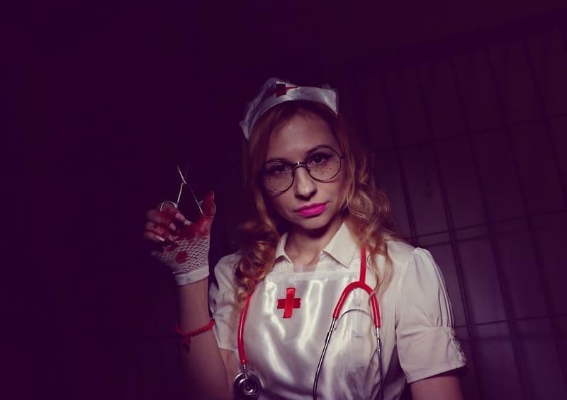 Медсестра садист